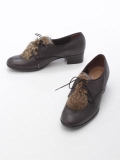 ファー付き紐靴