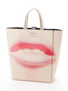 唇柄エナメルトートバッグ