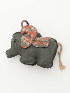 象モチーフチャーム