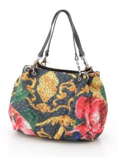 フラワー刺繍ぷっくりバッグ