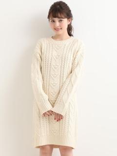 ポンポン柄編みワンピース