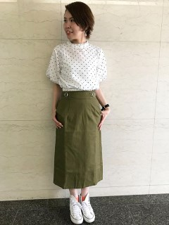 サイドバックルタイトスカート