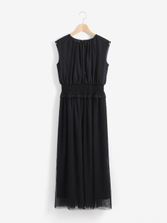 Kaene シャーリング×プリーツドレス