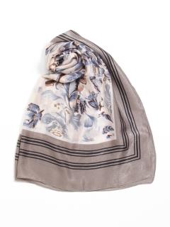 大判ふち付花柄スカーフ