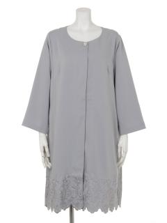【Angedodu】輝きシックなブローチ付き裾カットワーク刺繍コート