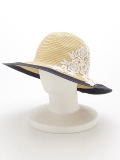フローラルレース装飾の帽子
