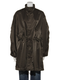 サテン織りミリタリーコート