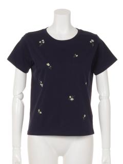 花刺繍Tシャツ