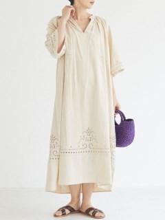 カットワーク刺繍ドレス