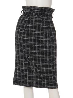 ベルト付きIラインスカート