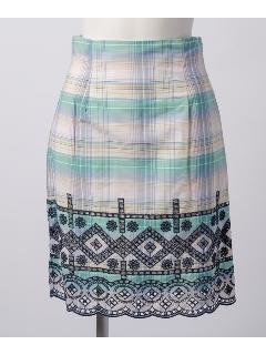 マドラスチェック刺繍スカート