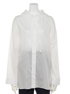 フード付き長袖シャツ