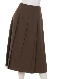 タックセミフレアスカート