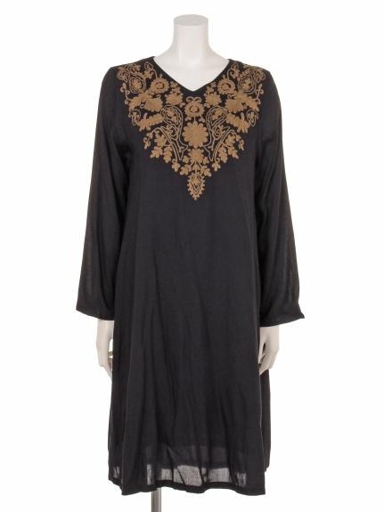 artipur (アルティプール) 刺繍ドレス ブラック
