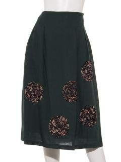 ぐるぐるリボン刺繍スカート