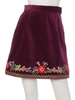 エンブロイダリー台形スカート
