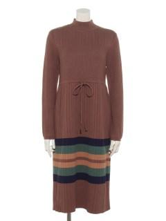 裾配色入りウエストひも付きニットワンピース