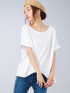 フロントタックTシャツ