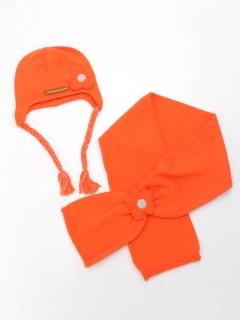 オレンジフラワーのマフラーと帽子