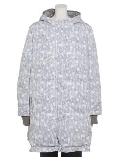 しんしんと降る雪の総柄プリント中綿ロングコート