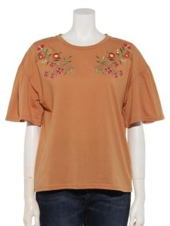 花刺繍フレア袖Tシャツ