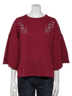 フレア袖刺繍プルオーバー
