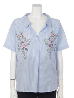 刺繍入りスキッパーシャツ