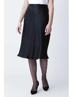 グロッシーサテンバイヤススカート