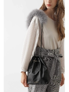 ◆ソニアレザー巾着ショルダーバッグ