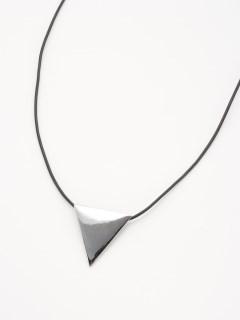 エッジ三角ネックレス