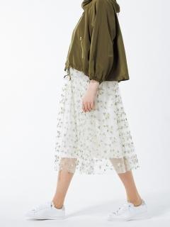 メッシュ刺繍スカート