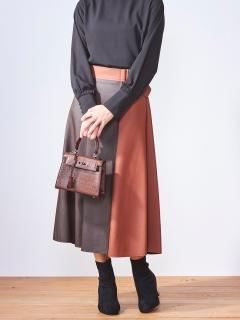 配色エコレザースカート
