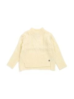モックネック縄編みセーター