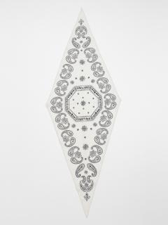 バンダナヒシガタスカーフ