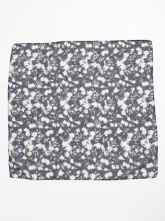 ハナガラスカーフ
