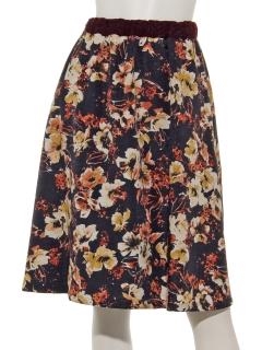 ウエストレース花柄プリントスカート