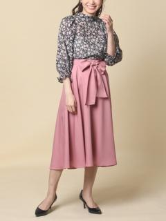 リボン付きフレアスカート