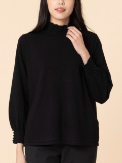 パール調モチーフ付きフリル襟セーター