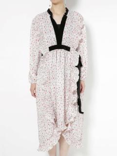 【GHOSPELL】Toe-to-Toe Midi Dress