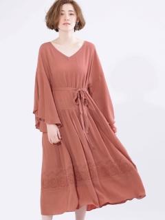 楊柳刺繍ワンピース