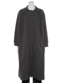 肩スモッキングコート