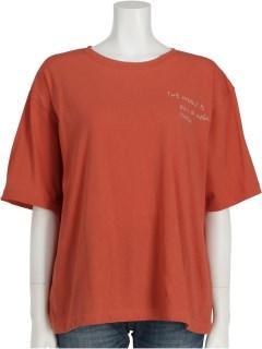 胸元刺繍Tシャツ