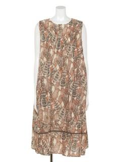 リーフプリントドレス
