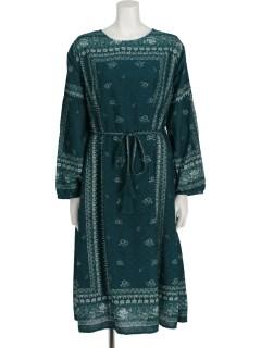 単色柄ドレス
