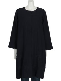裾刺繍コート