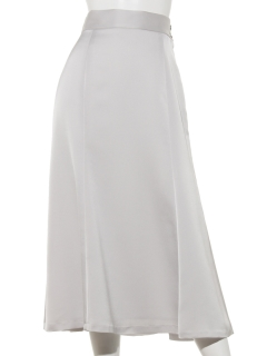 スピーニハンマーサテンスカート