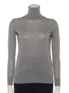 シルク混タートルネックセーター