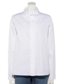 隠しボタンシャツ