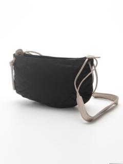 ナイロンショルダーバッグ「キャルロッタ」