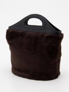 ファースクエアバケットバッグ